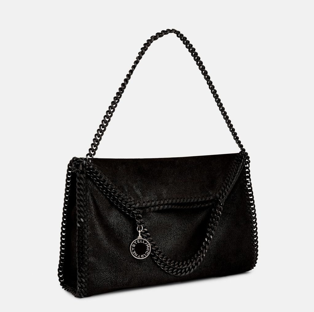 must have accessories - stella mccartney falabella tote bag - must have purses - iconic purses - best black handbags - luxury handbags - luxury purses - designer handbags - designer purses - fashion tips - styling tips - essential accessories