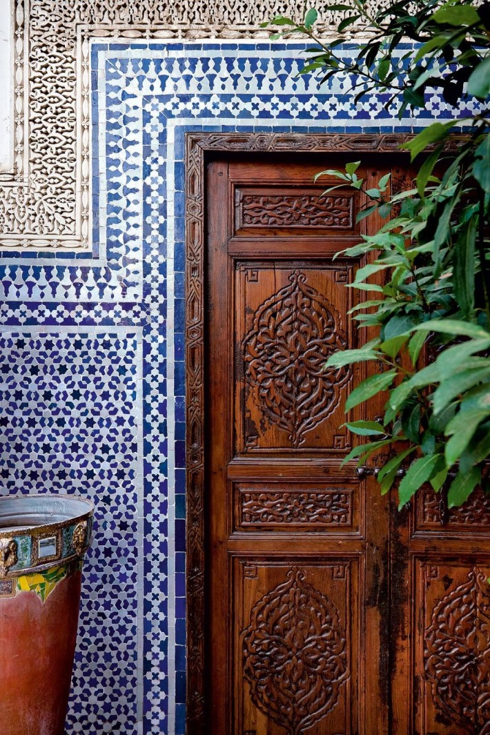 blue wall with moroccan interior design