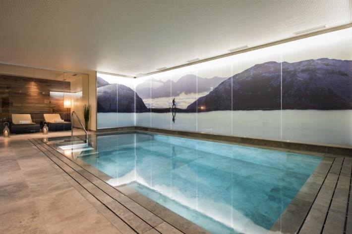 Pool of Ski Chalet Eden Rock