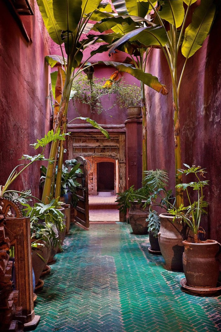 entrance with moroccan interior design