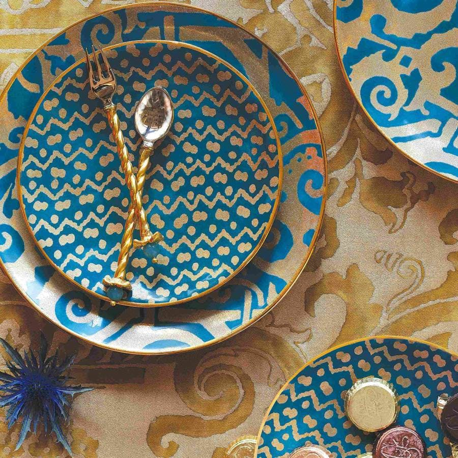 L'Objet Fortuny Gold and Teal - luxury dinnerware - luxury tableware - luxury table setting ideas