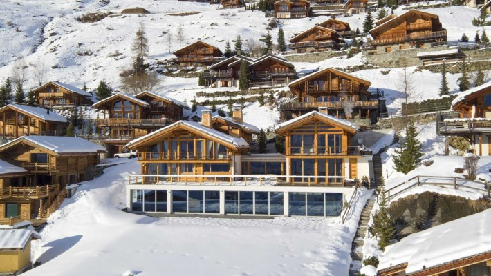 5 Best Luxury Ski Chalets for New Years