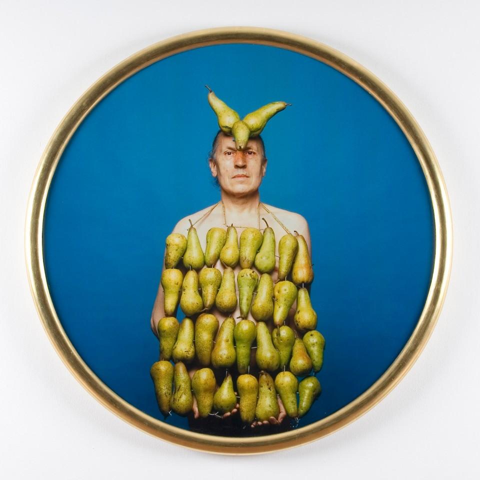 Photograph of a man covered in fruit by LUIGI ONTANI, Perentorio 2007, Courtesy Galleria Lorcan O'Neill Roma