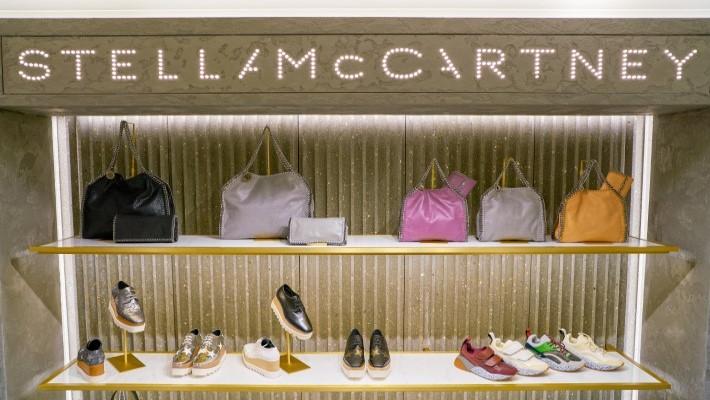 The Ultimate Cool Girl: Female Fashion Designer Stella McCartney