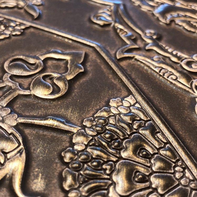 Detail of ceramic art by Esma Dereboy