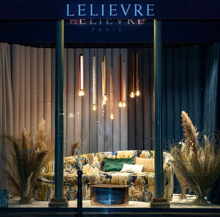 Lelievre Paris Showroom Window Display with KOKET Vamp Sofa - Best of Paris Deco Off 2019 - ©Lionel Roy
