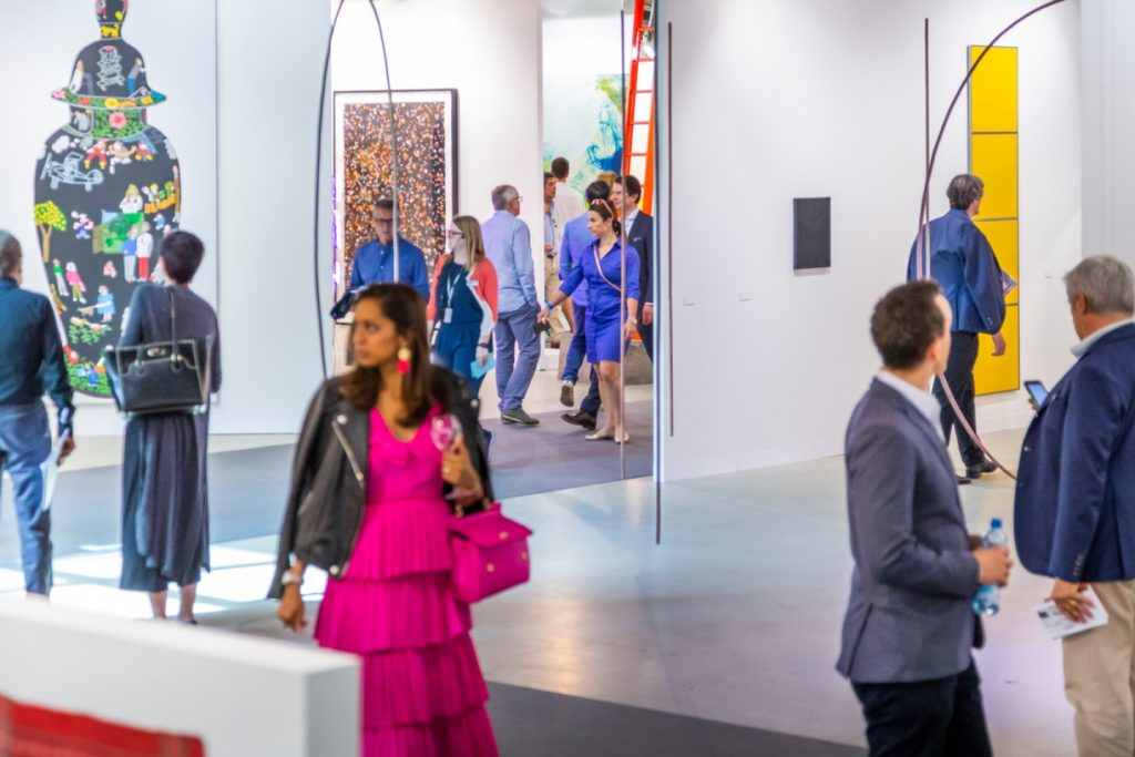 People browsing at Art Basel 2018 - Interior Design Events 2019