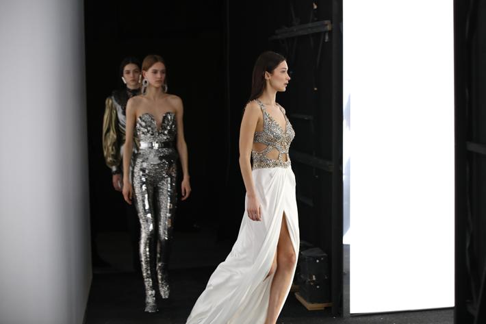 bella hadid backstage at alberta ferretti show milan fashion week fall 2019