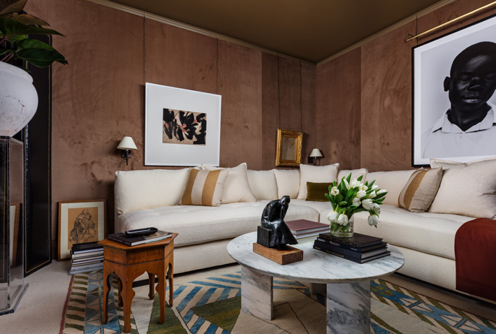 a lounge room by Jason Arnold at Kips Bay showhouse palm beach 2019 - Photo Credit Nickolas Sargent