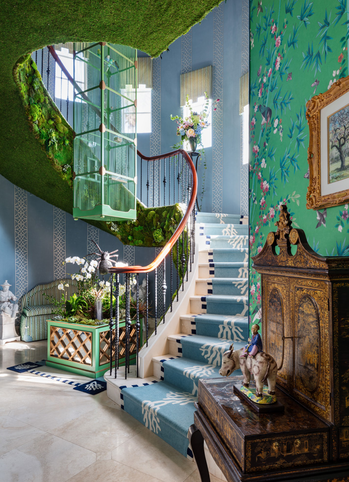 whimsical staircase design by Lee W. Robinson and Kyle Johnson at Kips Bay showhouse palm beach 2019 - Photo Credit Nickolas Sargent