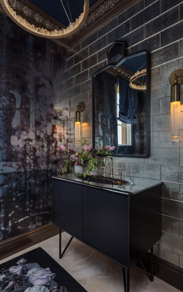 black and gold powder room design by Mark Williams and Niki Papadopoulos at Kips Bay showhouse palm beach 2019 - photo credit Nickolas Sargent