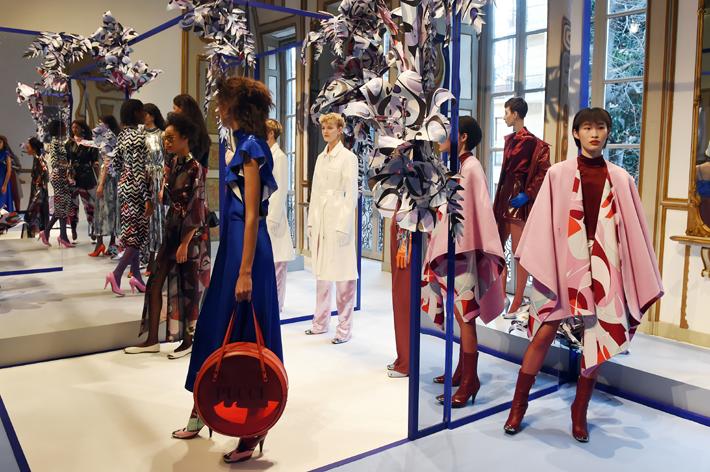 models showcase emilio pucci designs at milan fashion week fall 2019