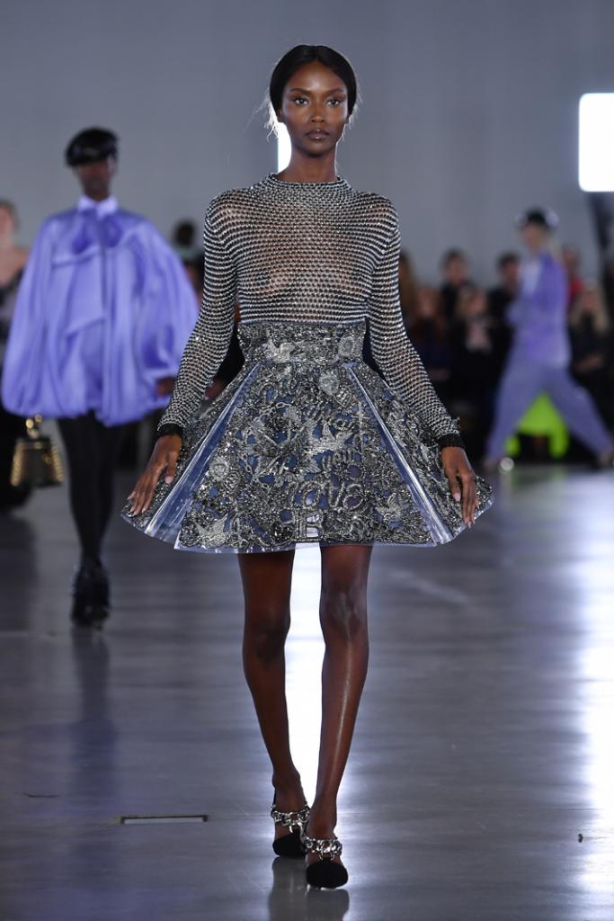 A model walks the runway during the Balmain show at Paris Fashion Week Fall/Winter 2019/2020 Womenswear presentation