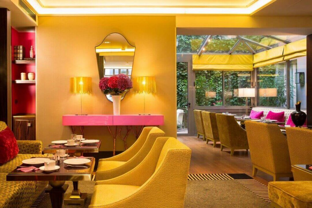 salon du baume dining area at hotel baume paris