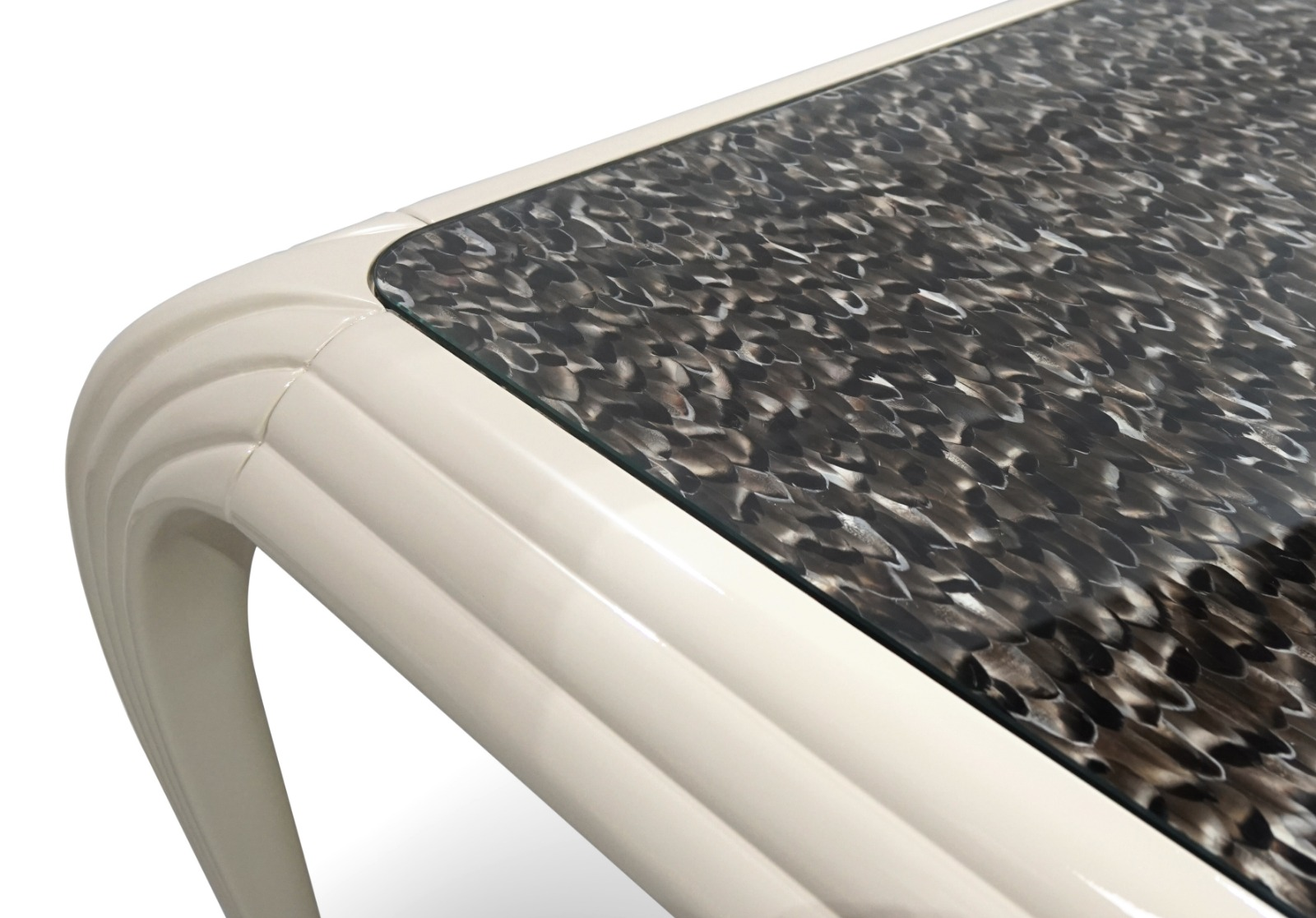 Natural Feather Top Detail on KOKET's New Merveille Dining Table debuting at salone del mobile milano