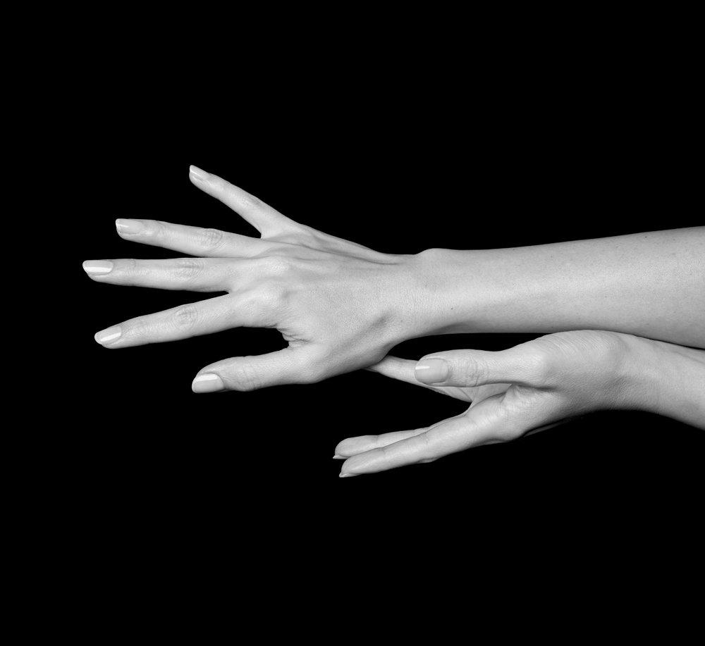 woman's hands - yad cheri x tick my box - luxury handcraftsmanship