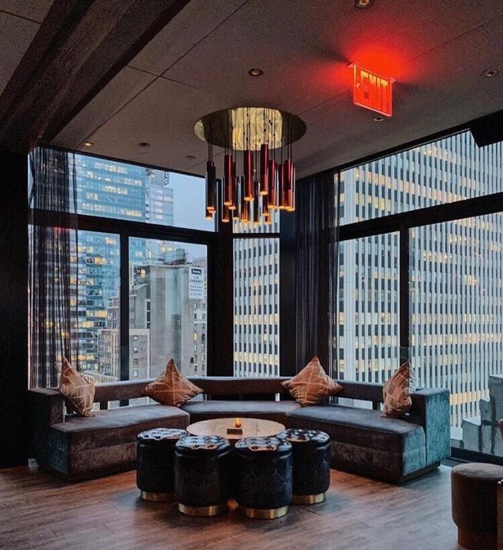 best rooftop bars nyc - The Skylark