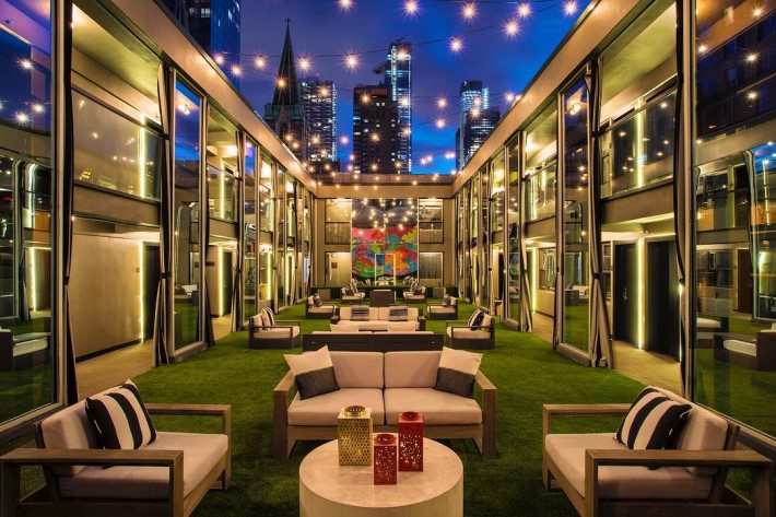 Best rooftop bars in NYC: Cachet Boutique Hotel