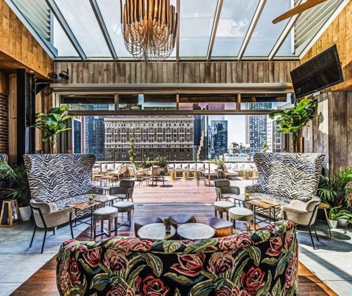 best rooftop bars nyc - Monarch rooftop bar marriot herald square