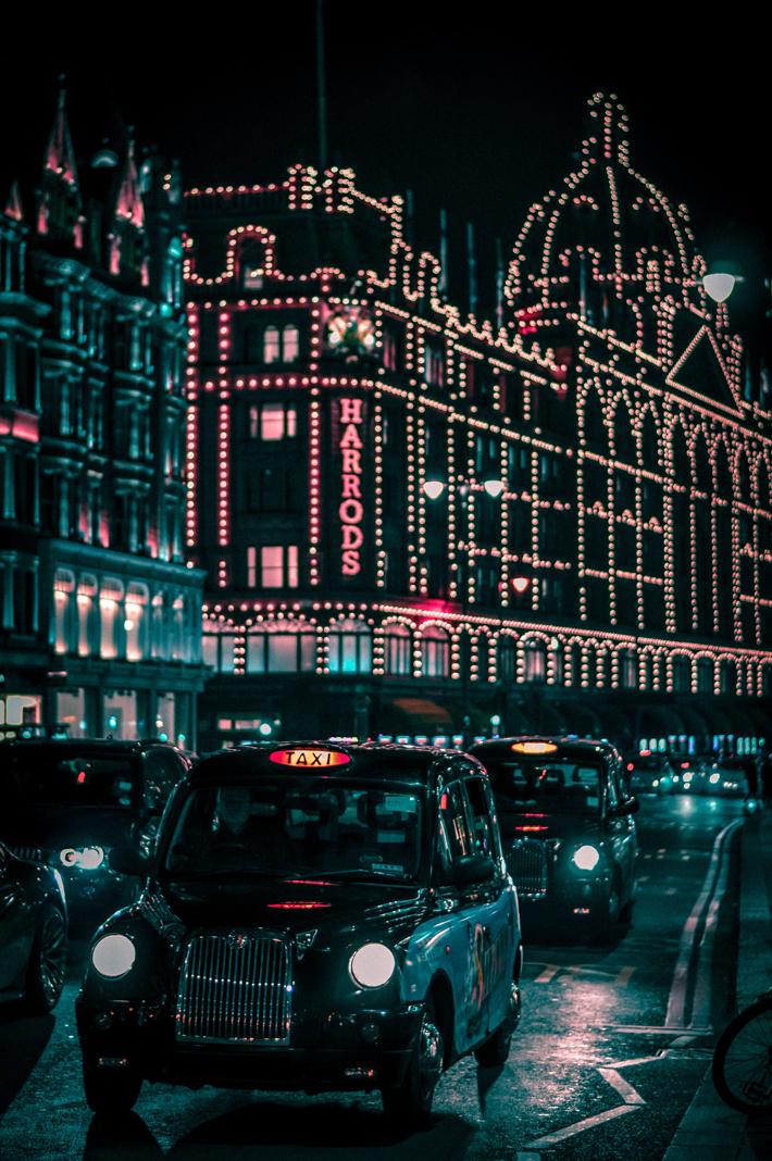 Harrods London Photo by Biel Morro on Unsplash - 48 hour luxury trip to london