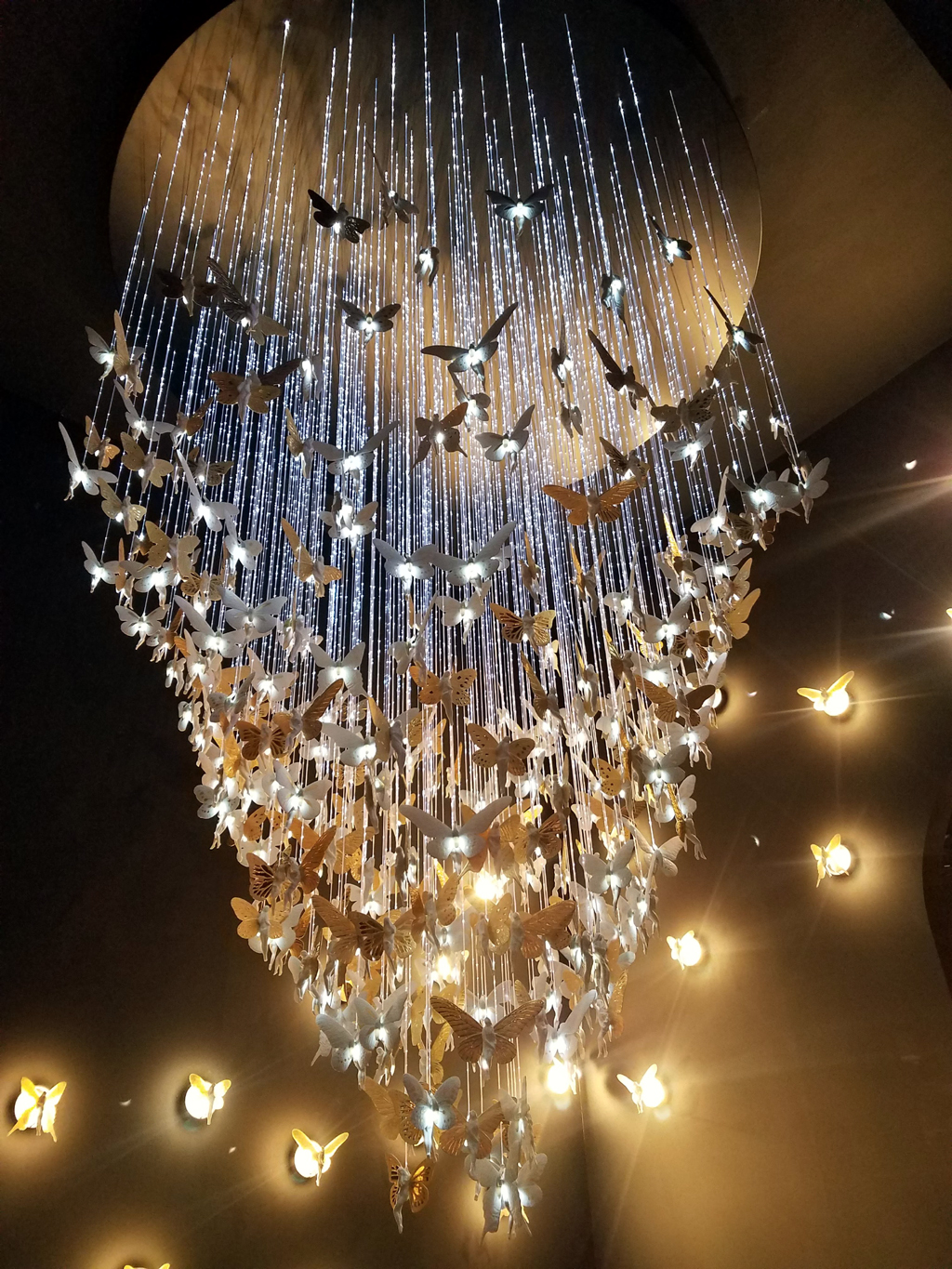 fairy chandelier by lladro at euroluce 2019