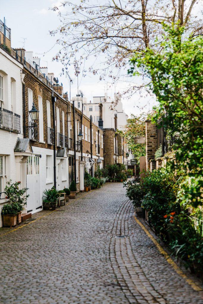 street in london - 48 hour luxury trip to london