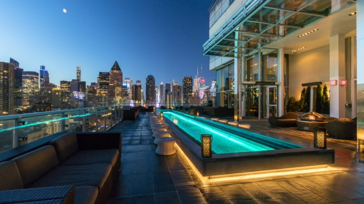 best rooftop bars nyc - Press lounge at kimpton ink48 hotel