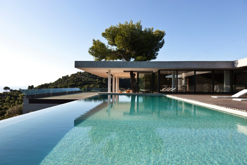 luxury home with a pool - travel agent services by luxury worldwide service