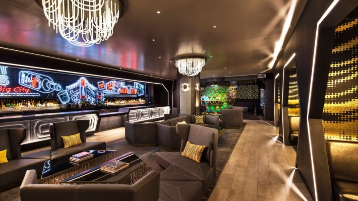 best rooftop bars nyc - living room bar and terrace w new york downtown