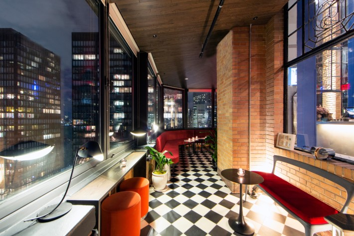 best rooftop bars nyc - Ophelia at the beekman tower