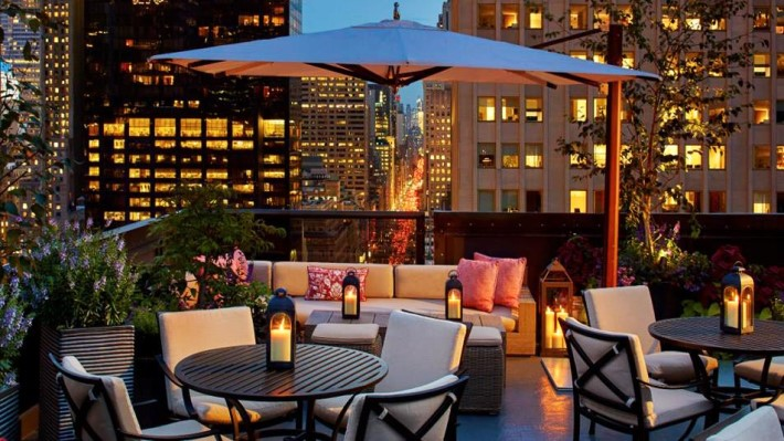 Best rooftop bars nyc - Salon de Ning at the peninsula new york
