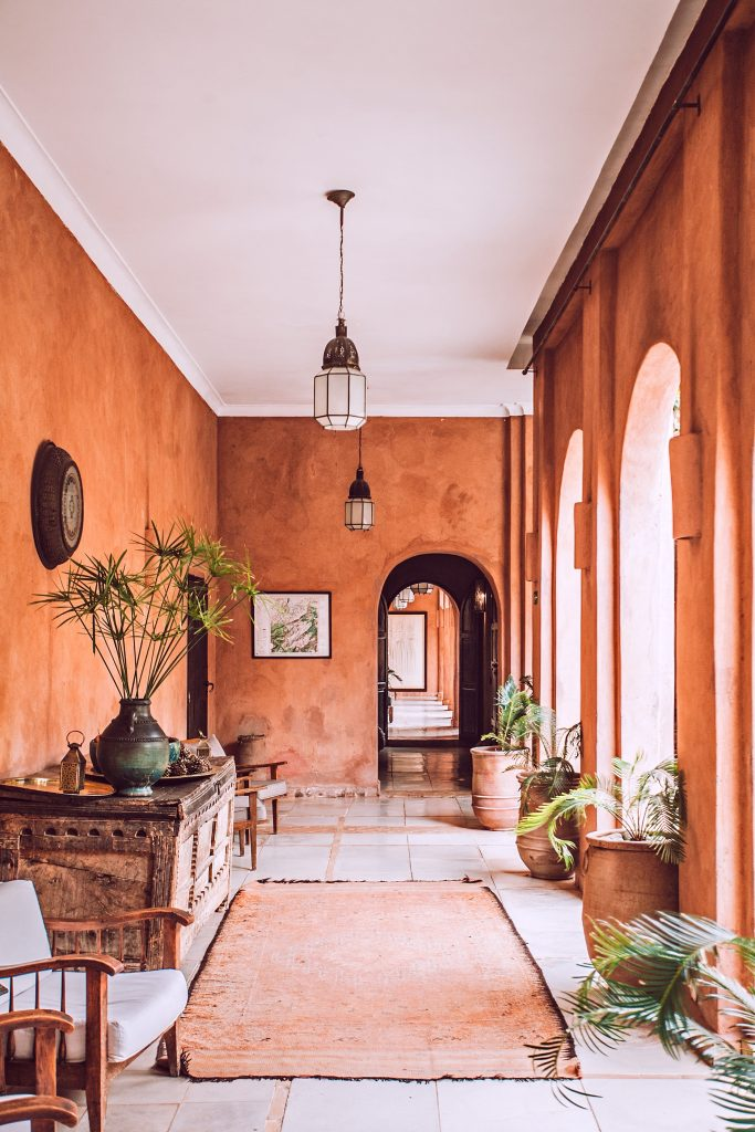 Photo by Orlova Maria on Unsplash - summer home design trends 2019