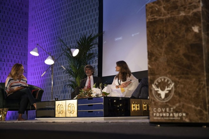 panel discussion at luxury design & craftsmanship summit