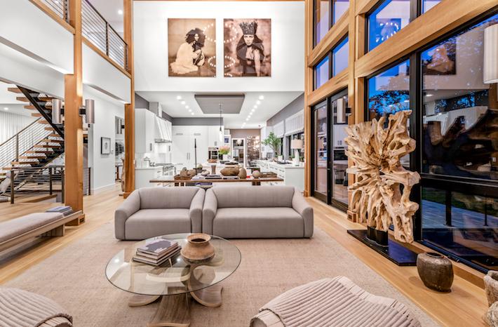 Matt Silver- Great Room Holiday House