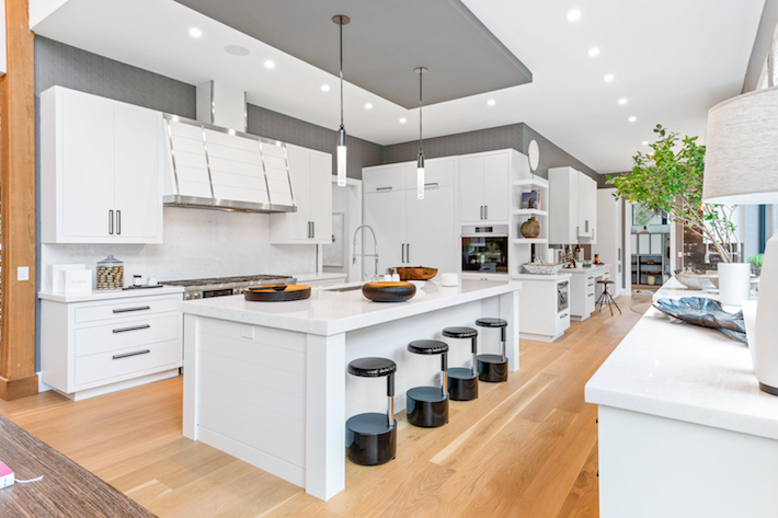 Ciuffo Cabinetry, Elizabeth Dow Interiors- Kitchen Holiday House Hamptons
