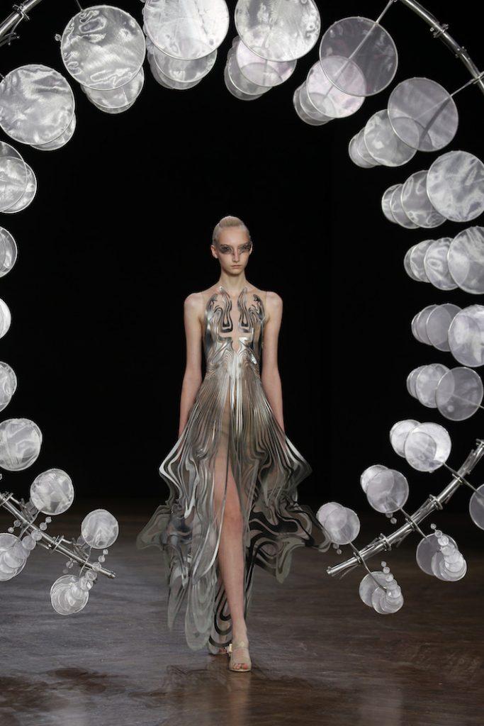 Iris Van Herpen Look 2 Paris Haute Couture