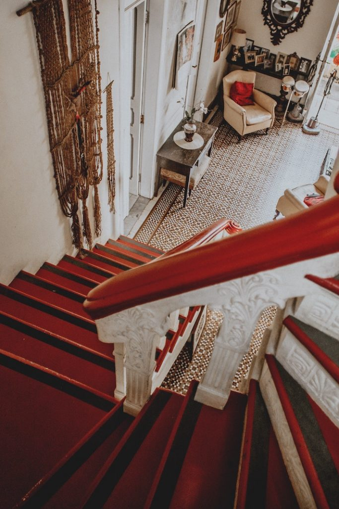 2020 color trends Red tones in a stairway