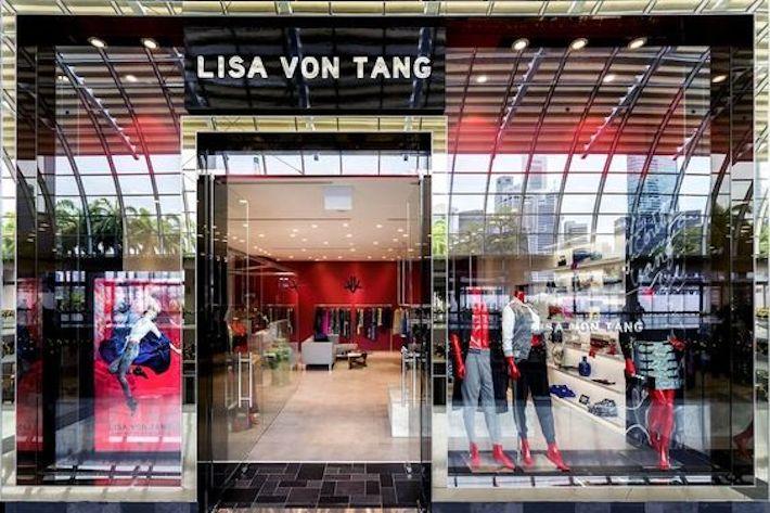 Lisa Von Tang - Singapore Guide