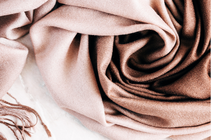 beautiful elegant cashmere scarf - luxurious gifts for every occasion