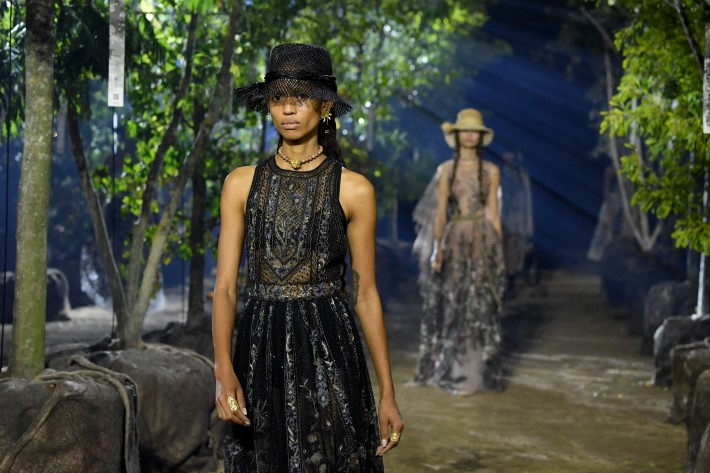 Sustainability and Eco-Friendly Design in Fashion Weeks