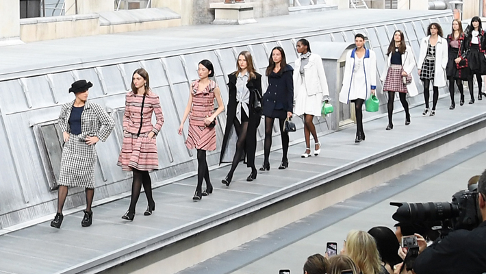 Marie Benoliel, aka Marie S'Infiltrechanel crashes chanel ss 2020 finale paris fashion week