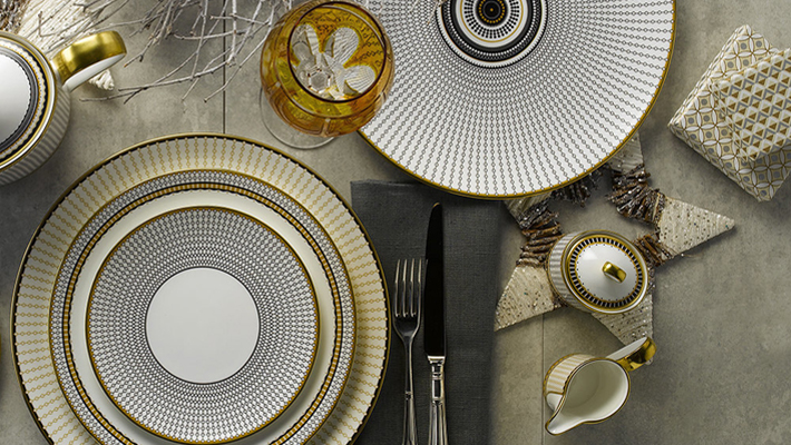 Holiday Dinnerware for the Perfect Festive Table