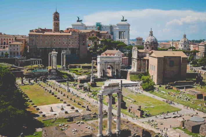 Things to do in rome - roman forum
