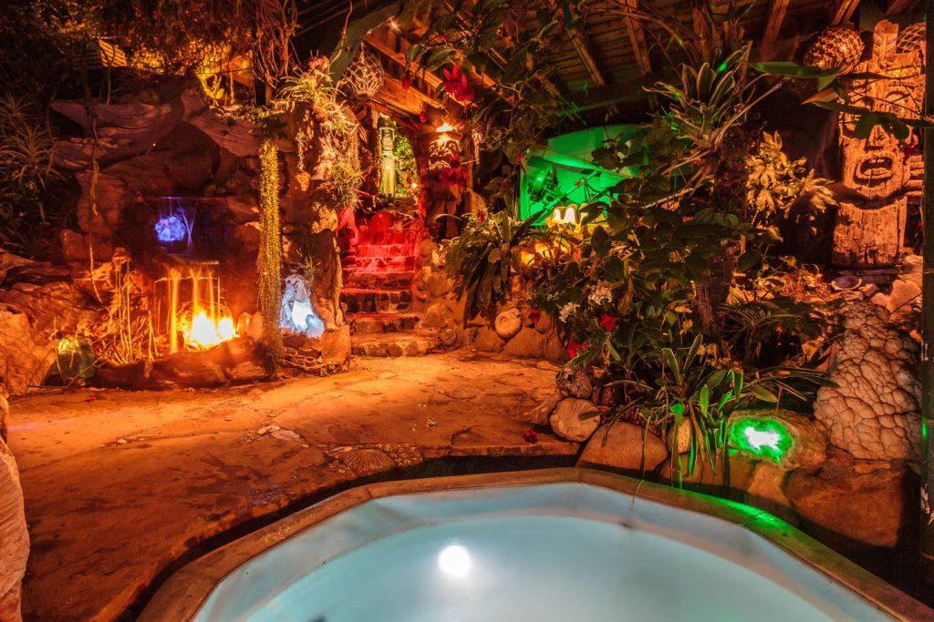 pirates of the Caribbean getaway airbnb