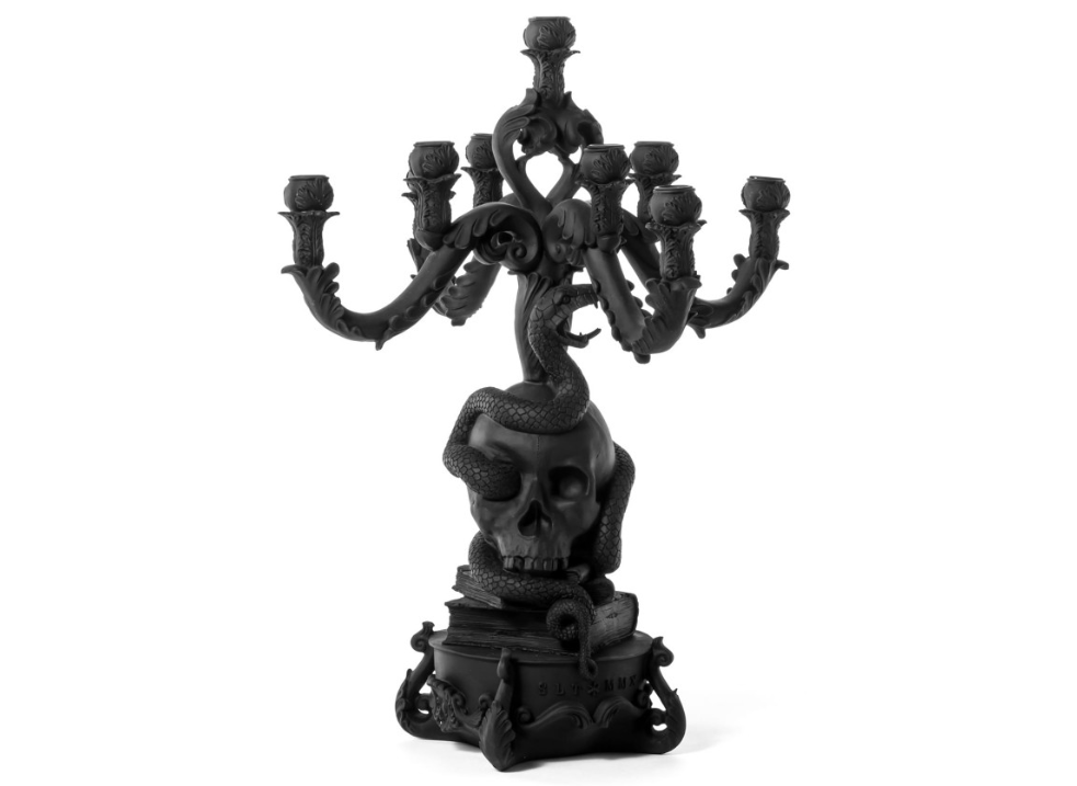 dark decor - Giant Burlesque Skull Black A baroque black polyresin 5 arm candle holder designed by Selab for Seletti
