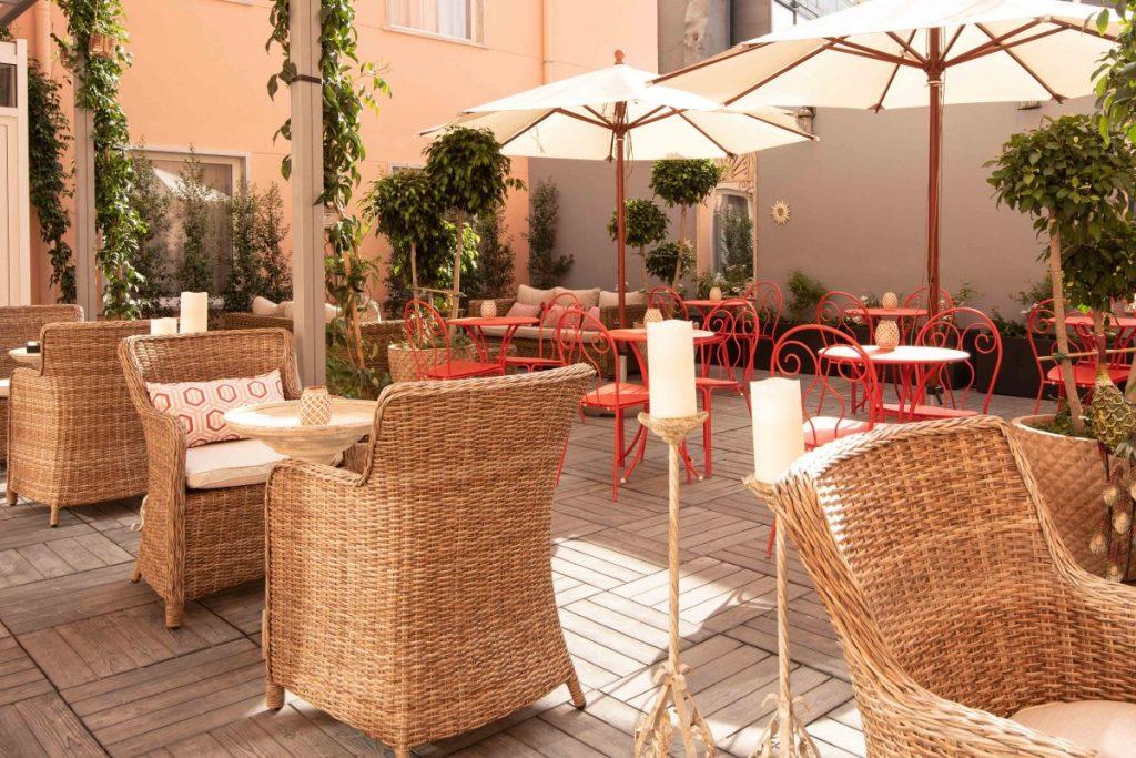boudoir garden-bar
