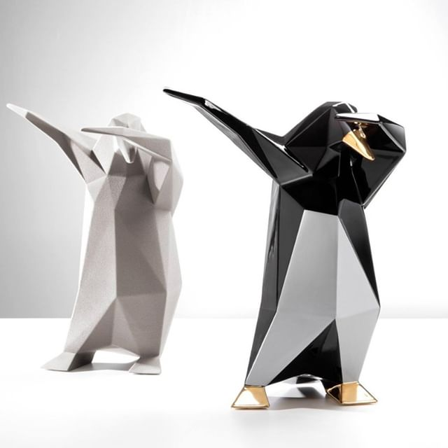 Venetian ceramic dapping penguins by Bosa Ceramiche