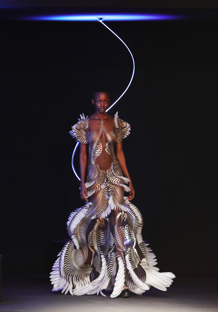 A model walks the runway during the Iris Van Herpen Haute Couture Spring/Summer 2020 show on January 20, 2020 in Paris, France. (Photo by Vittorio Zunino Celotto/Getty Images)