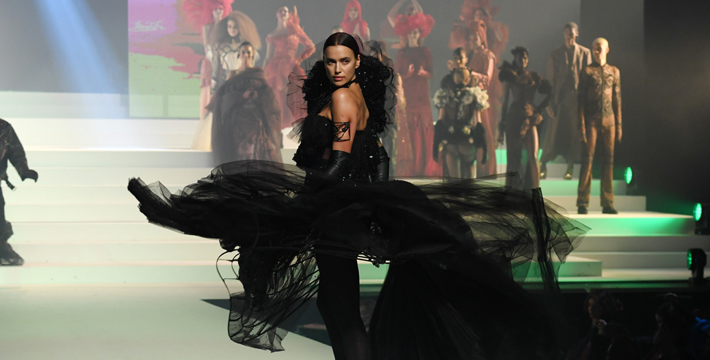 Irina Shayk walks the runway during the Jean-Paul Gaultier Haute Couture Spring/Summer 2020 show as part of Paris Fashion Week at Theatre Du Chatelet on January 22, 2020 in Paris, France. (Photo by Pascal Le Segretain/Getty Images)