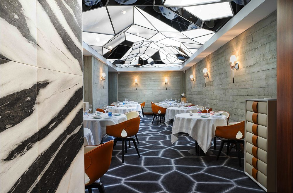 Beautiful Restaurants to Meet While in Paris